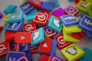 Pile of popular social media platform icons in 3D